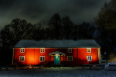 Gräfsnäsgården (Cederquist Christoffer) Tags: longexposure sigma1835f18 sigmaart sweden gothenburg night house contrasts red afterdark nightlight snow winter