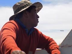 Juan (Maariuni3) Tags: bote marinero hombre lago titicaca bolivia copacabana