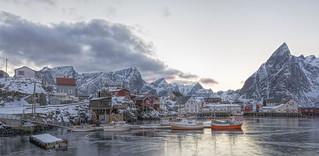 Hamnoya Harbour Reine, Lofoten