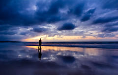 Mirror (MecCanon [DatAperture]) Tags: las blue sunset shadow sky black silhouette azul night canon de eos skies angle cloudy wide sigma playa ciel cielo gran cielos 1020 catedrales catedrais 60d angula