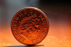 Presenting the 2013 UK Ten Pence Piece (Mark Sabanathan) Tags: coins 10p 365dayphotochallenge uktenpencepiece