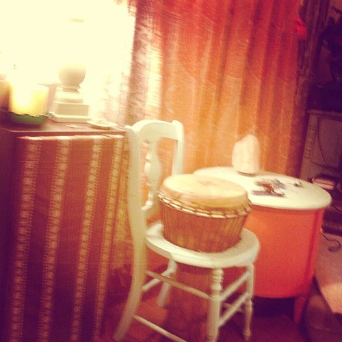Every corner of this house is a work of art @sparkltree456 #art #bohemian #home #friends #drums