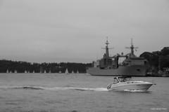 Un Da Cualquiera (CJ_Photography) Tags: bw photoshop canon puerto eos muelle barco sydney bn 7d sidney cantabria buque bac virado retoque difunidado