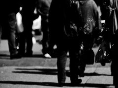 The World outside (ArTeTeTrA) Tags: street shadow people reflection bubbles