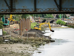 (turgidson) Tags: ireland river lens four us pc construction flood zoom olympus x relief telephoto micro works scheme wicklow protection f28 defence komatsu bray digger omd thirds excavator hydraulic 138 vario m43 dargle em5 35100mm 35100 mirrorless sheetpiling microfourthirds komatsupc138us pc138us olympusem5 olympusomdem5 panasonic35100 panasoniclumixgxvario35100mmf28 hhs35100 p7136066