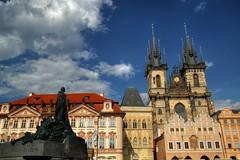 La place Staromstsk de Prague et l'glise Notre-Dame de Tn (Flacape29) Tags: place prague notredame glise hdr tn staromstsk