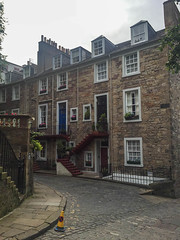 Ramsay Lane (melastmohican) Tags: stone architecture home lane building high town street mile brick city cityscape ramsay south capital royal old alley scene lodge alleyway urban vintage poet house history castlehill edinburgh wall scottish narrow scotland unitedkingdom gb