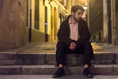 Pablo Night II. (Jonatan Rodríguez) Tags: colores colour awesome city cityscape ciudad calle street boy chico modelo model retrato portrait león españa spain europa europe 2017 enero january canon canonistas canon70d sesióndefotos tfcd intercambio sesiónfotografica gente people noche night