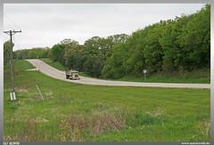 Welcome to Wisconsin (uslovig) Tags: great river road wisconsin wi usa vereinigte staaten von amerkia united states america green grün baum tree bäume trees mississippi flus truck peterbilt