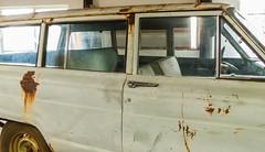 All the side windows are intact (bernardremacle) Tags: jeep wagoneer 4x4 restoration vintage window doorhandle 1963wagoneer