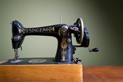 Vintage Singer sewing machine (The Rocking Chair) Tags: wood homes house english home rock shop vintage bench photography design living fan interesting oak chair singapore colorful asia paint apartment nathan flat chairs furniture interior room chest bookshelf spray retro restore danish singer tables vintagecamera restoration dining plates unusual colourful rocking stool sewingmachine coffeetable suitcase bowls microscope drawers carpentry renovate spoons furnishing teak upholstery writingdesk dressingtable sidetable refurbished consoles singersewingmachine redecorate homeaccessories gplan upcycling gateleg vanitydresser nesttables