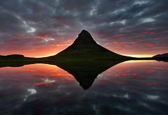 Kirkjufell (Jón Óskar.) Tags: sunset sky reflection night iceland cloudy kirkjufell ísland snæfellsnes ský grundarfjörður speglun sólsetur jónóskar