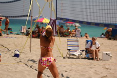 Volleyball on Hollywood Beach 205 (Lautermilch) Tags: hot ass beach model breasts pretty tits
