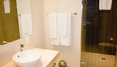 Lawhill Apartments - 3 Bed Superior Bathroom #2 (www.hickey-fry.com) Tags: africa holiday southafrica hotel property capetown safari luxury gardenroute realafrica hickeyfry wwwrealafricacouk wwwhickeyfrycom lawhillapartments