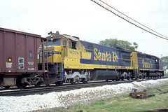 Santa Fe U36C #8738 coming through the park in Fort Madison, IA on 8/24/78 (LE_Irvin) Tags: santafe bnsf u36c fortmadisonia