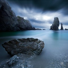 Turquoise III (S.D.G Photographie) Tags: blue sea sky mer seascape france dark landscape turquoise bretagne ciel sombre bleue sdg ocan aiguille belleile belleileenmer portcoton poselongue leefilter bigstopper longueexposer