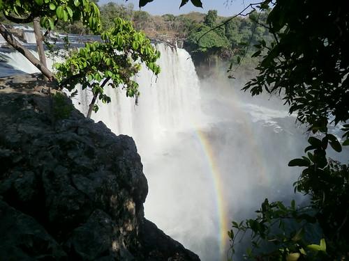 Zambia. Catarata Lumangwe. Arco iris
