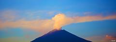 Amazing (Blas Torillo) Tags: naturaleza nature méxico mexico volcano nikon ashes puebla fumarola professionalphotography volcán popocatépetl fumarole fotografíaprofesional mexicanphotographers d5200 fotógrafosmexicanos nikond5200 ceºnizas