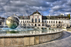 Palazzo Grassalkovich, Bratislava (socrates197577) Tags: storm nikon europa nuvole day piazza bratislava hdr citt nuvoloso photomatix slovacchia nikonflickraward mygearandme infinitexposure