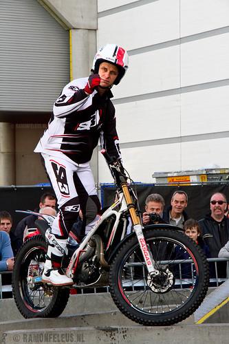 Alex van den Broek