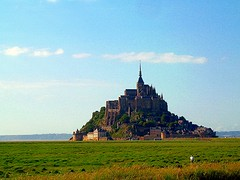 MONT SAINT MICHEL - Normandia (cannuccia) Tags: landscape francia paesaggi montsaintmichel normandia prati 100commentgroup olétusfotos virgiliocompany