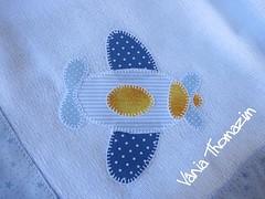 Avio (vaniathomazim) Tags: baby artesanato bebe colagem avio patchwork menino costura aplique fralda patchcolagem caseado