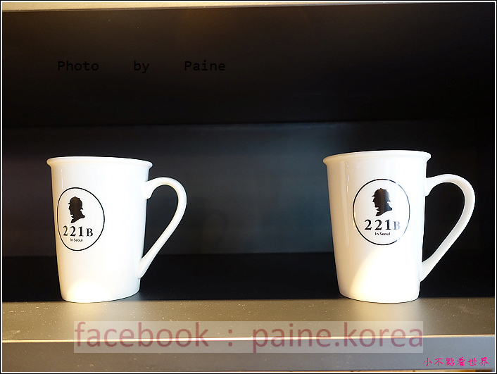 江南221B in Seoul coffee lounge (15).JPG