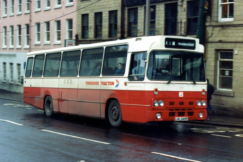 83 bus timetable Huddersfield Barnsley