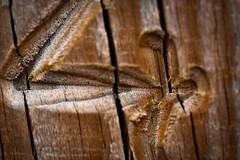 4 (DamienAymerich) Tags: bois wood gravé engraved chiffre macro number four texture