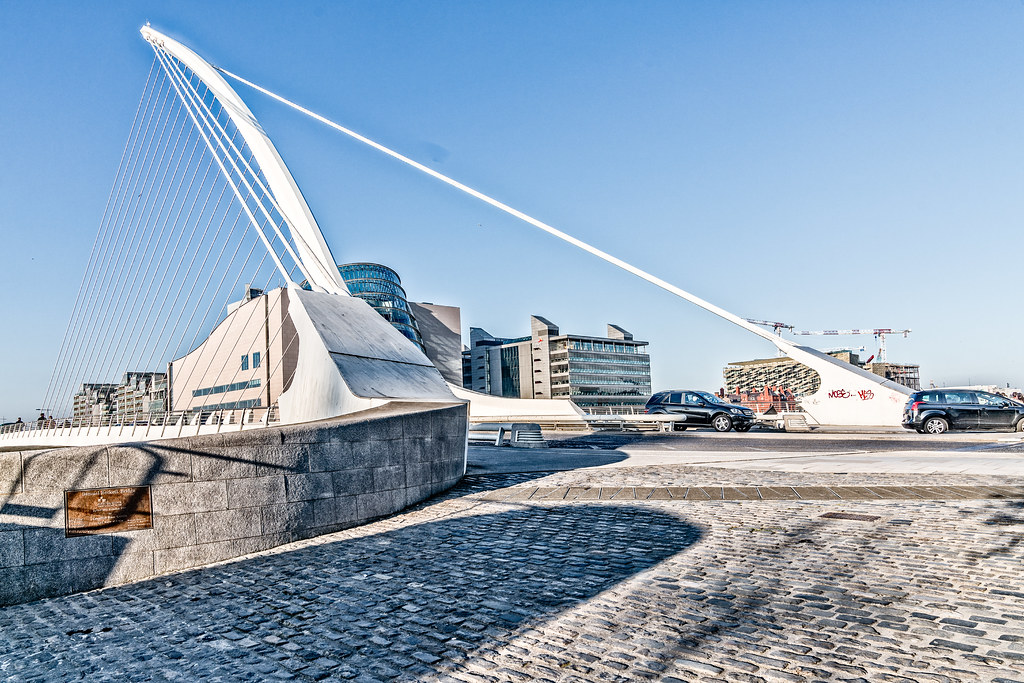 SAMUEL BECKETT BRIDGE [THIS MUST BE THE MOST PHOTOGRAPHED BRIDGE IN DUBLIN]-126738
