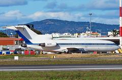Boeing 727-030 9Q-CMC Congo Government (EI-DTG) Tags: planespotting aircraftspotting faroairport fao 04mar2017 portugal boeing b727 boeing727 trijet ttailboeing 9qcmc derelict congo