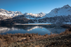 Upper Engadin Panorama (dam.he) Tags: oberengadin winter alps mountains kantongraubünden frosty silsersee schweiz lakesils leica leicaq cantonofgrisons switzerland berge engadin gefroren graubünden