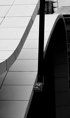 courbes (Rudy Pilarski) Tags: courbe noir et blanc bw nikon d7100 tamron paris france ligne abstrait abstract geometry geometrie