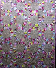 Single-Girl-Quilt-whole (QOB) Tags: quilt quilted patchwork denyseschmidt qob longarmmachinequilted singlegirlquilt quiltsonbastings