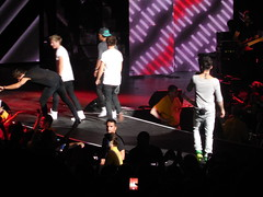 One Direction, Mansfield, MA 6-26-13 (lydiaouellette) Tags: show home me boys ma one louis concert mine tour photos massachusetts harry direction liam 1d take styles british malik payne mansfield niall tmh horan tomlinson zayn onedirection tmht harrystyles louistomlinson zaynmalik liampayne niallhoran