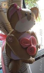 Prendedor de Cortinas (Artes di Viviane Garcia) Tags: bear cortina felt feltro rosas menina cortinas urso prendedor ursinho moldes recortes apostila façavocêmesmo quartodemenina pingentedecortina kitfeltro moldefeltro recortedefeltro