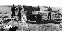 7,5cm PaK 36(r) (76mm F-22) in North Africa - 1942