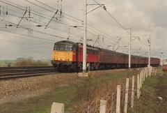 "Rail Express Systems Class 86/4, 86426 (37190 ""Dalzell"") Tags: warrington cans res class86 86426 railexpresssystems winwickjunction class864"