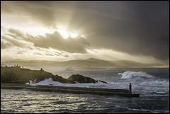 El Rocn. TAPIA DE CASARIEGO (Germn Yanes) Tags: espaa marina muelle spain asturias temporal tapia tapiadecasariego