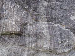 Liesegang banding in quartzite (Baraboo Quartzite, upper Paleoproterozoic, ~1.7 Ga; Tumbled Rocks Trail, Devil's Lake State Park, Wisconsin, USA) 3 (James St. John) Tags: park lake rocks iron state south devils trail bands ranges range quartzite baraboo banding oxide precambrian tumbled liesegang paleoproterozoic proterozoic