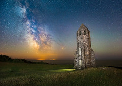 St Catherine's Oratory (Chad Powell Design and Photography) Tags: astro astrophotography isleofwight astronomy milkyway stcatherinesoratory chadpowell thepepperpot milkywayuk isleofwightmilkyway milkywayengland isleofwightnightsky