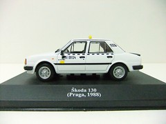 KODA 130 (Praga, 1988) - ALTAYA (RMJ68) Tags: cars toy taxi 1988 praga 130 coches juguete skoda 143 diecast ixo altaya