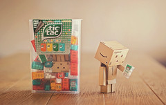 Small but cool. (Matt_Briston) Tags: toy robot sweet free gift tic tictacs danbo tacs