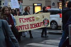 Femmes debout sur les Grands Boulevards, Paris (Jeanne Menjoulet) Tags: manif 8mars paris femmes féministes féminisme égalité droits manifestation demonstration women rights equality debout grandsboulevards march