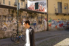 Senza Stato (Valt3r Rav3ra - DEVOted!) Tags: streetphotography street sonyalpha7 sony digitale colori valt3r valterravera visioniurbane urbanvisions torino senzastato