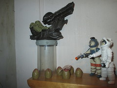 Alien Space Jockey and Ripley 2144 (Brechtbug) Tags: alien space jockey ripley aliens scifi science fiction tv television show creature monster action figure toy toys galaxy universe funko prometheus engineer figures series 1 ridley scott film movie xenomorphs like 2017 reaction original super7 retro active kenner type kane designed canceled for 1979 face hugger chest burster xenomorph facehugger chestburster helmet minimates mini mates