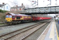 66170 @ Sandbach (uksean13) Tags: 66170 ews dbs dbschenker diesel sandbach train railway rail canon 760d ef28135mmf3556isusm