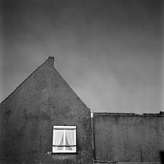 Audresselles, 2017 (Marie Ilford) Tags: audresselles photographieargentique streetphotography rolleiflex kodaktrix