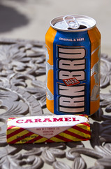 Nation's favourites (_K5A9363) ([Rossco]:[www.rgstrachan.com]) Tags: food scotland drink fife juice scottish pop biscuit caramel national snack soda tradition favourite wafer irnbru dunfermline tunnocks abbothouse