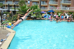 2013 rits sat pool party (61)